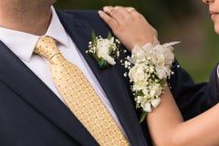 正式舞会夫妇 免版税库存图片