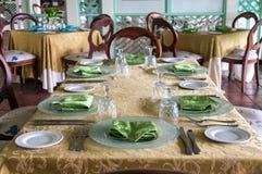 正式餐桌 免版税库存图片