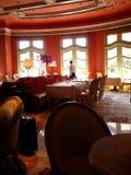 正式餐馆等候人员 图库摄影