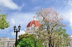 正方形在西恩富戈斯,古巴 免版税图库摄影
