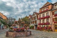 正方形在Bergheim,阿尔萨斯,法国 免版税库存照片