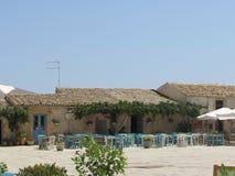 正方形的典型的西西里人的餐馆 库存照片