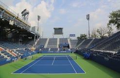 正面看台体育场在比利・简・金国家网球中心 图库摄影