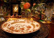 正餐典雅的秋天设置 免版税库存照片