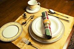 正餐现代餐位餐具 免版税库存图片