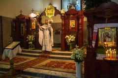 正统复活节的庆祝在俄罗斯的成为圣人新的受难者和忏悔者教区的  图库摄影