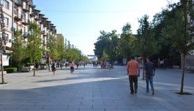 步行区域在Prishtina,科索沃 免版税库存照片