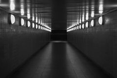步行地下过道在柏林 免版税库存图片