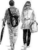 步行的青年人 免版税图库摄影