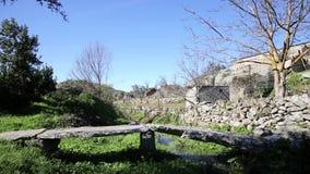 步行石头在Castelo Bom做了桥梁 股票录像