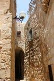 步行通过古老耶路撒冷 免版税图库摄影