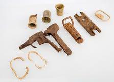 武器和灰浆壳遗骸  民用西班牙战争 免版税图库摄影