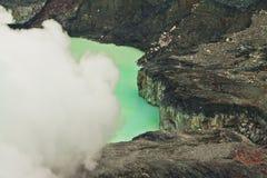 武尔卡诺岛火山口湖Poas -哥斯达黎加 免版税库存照片