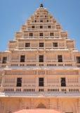 武库塔前面在坦贾武尔宫殿的 库存图片