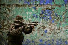 武装的海军陆战队员s u 免版税库存照片