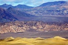 死亡沙丘平面的豆科灌木国家公园谷 免版税库存照片