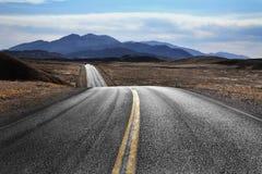 死亡沙漠高速公路谷 免版税库存照片