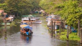 死水在Alleppey,印度 库存图片