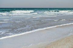 死海在多云天气的晚上 免版税库存照片