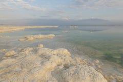 死海海岸线的风景视图 停止的以色列海运 免版税库存照片