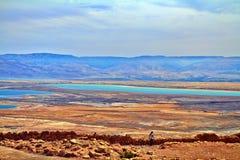 死海的看法照片  免版税库存照片