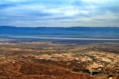 死海的看法照片  库存照片