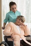 残疾退休人员在住宅家 免版税库存图片