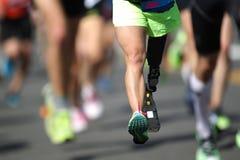 残疾马拉松运动员 免版税库存照片