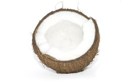 残破的椰子查出whi 免版税库存照片