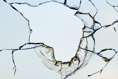 残破的玻璃漏洞天空 免版税库存图片