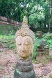 残破的雕塑,古老菩萨雕象在Chiangmai,泰国 免版税库存照片