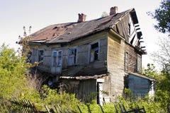 残破的房子 免版税库存图片