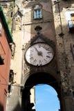 残破的时钟,那不勒斯 免版税图库摄影