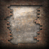 残破的砖墙 免版税图库摄影