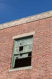 残破的窗口在Asbury公园 免版税库存照片