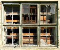 残破的窗口摄影 免版税库存照片