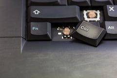 残破的膝上型计算机键盘按钮 免版税库存照片