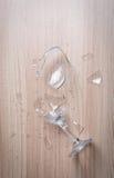 残破的玻璃酒 库存照片