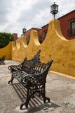 殖民地建筑学在圣米格尔德阿连德墨西哥 免版税库存照片