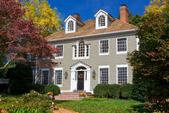 殖民地系列英王乔治一世至三世时期家庭房子唯一郊区 库存图片