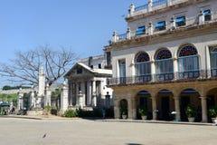 殖民地建筑学在Plaza de阿玛斯 免版税图库摄影