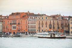 段落小船在威尼斯 免版税图库摄影