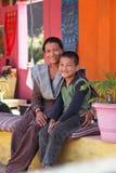 母亲儿子 图库摄影