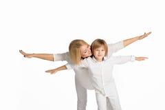母亲和儿子的画象 查出在白色 库存图片