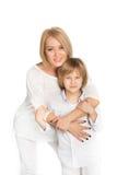 母亲和儿子的画象 查出在白色 免版税库存照片
