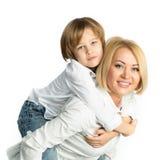 母亲和儿子的画象 查出在白色 库存照片