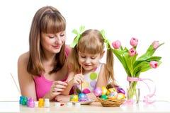 母亲和女儿孩子绘画 库存照片
