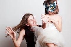 母亲和女儿的画象 免版税图库摄影