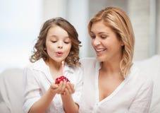 母亲和女儿 图库摄影