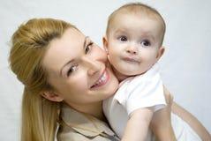 母亲和婴孩 库存照片